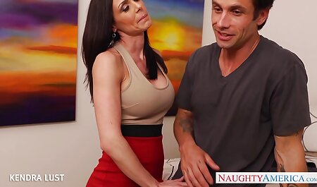 L'enseignant masseuse a domicile porno est tombé amoureux d'un élève.