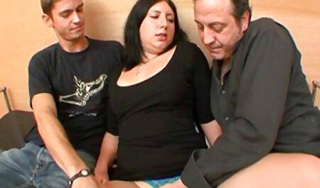 Le vrai groupe dans porno massahe une maison de fraternité