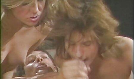 Belle sex massage caméra cachée beauté.