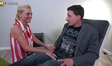 Clito massage sensuel amateur en gros plan