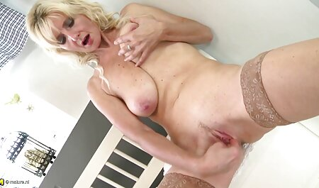 Les étudiants et les enseignants film porno massage lesbienne dominent le sexe hardcore.
