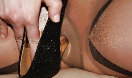 Petite amie massage porno américain massée