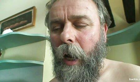 Pipe et massage force porno sexe dans la forêt route