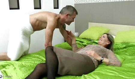 Adolescent compilation pornos massages avec maman