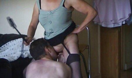 Sexe massage lesbienne xxx après séance photo