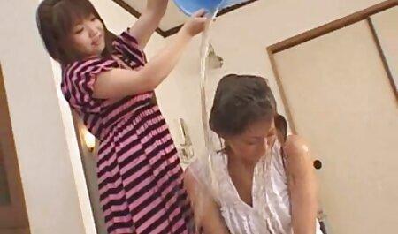 Jolies filles massage roms porno nues.