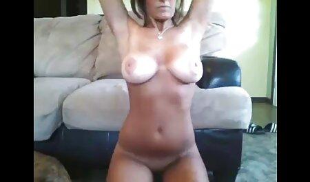 Sexe vrai massage porno avec une belle femme dans la cuisine